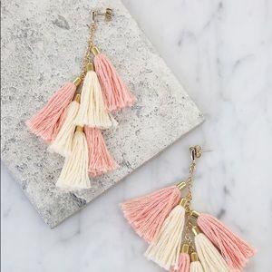 🎀5 FOR $25🎀 Ettika Day Dreamer Tassel Earrings
